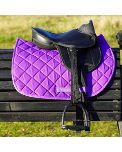 L-Sport Komplettset Sattel mit Schabracke für Holzpferd-lila