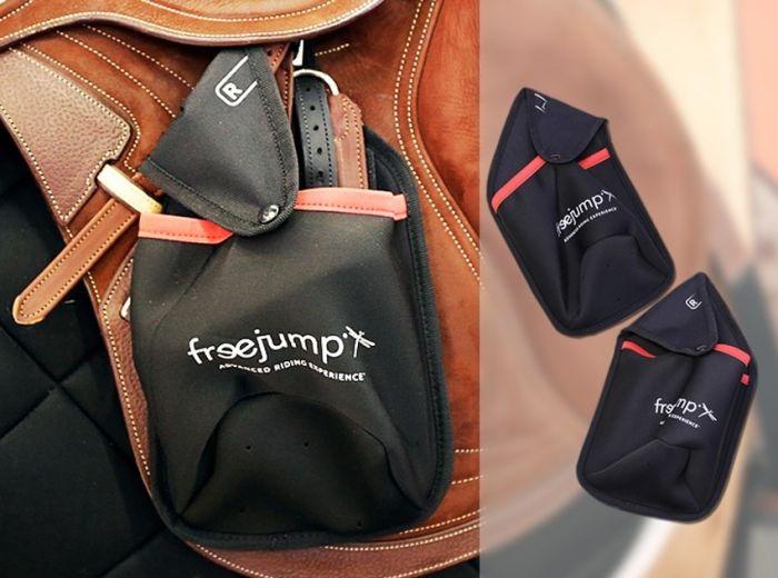 Freejump Steigbügeltasche schwarz//rot
